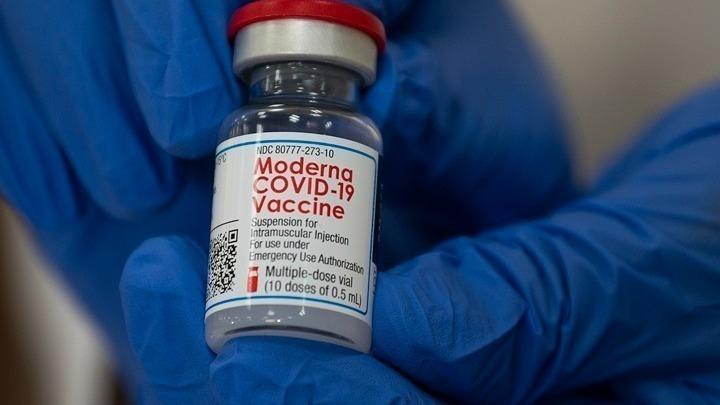 Η Moderna ζήτησε από τον EMA την έγκριση του εμβολίου της για χρήση από εφήβους