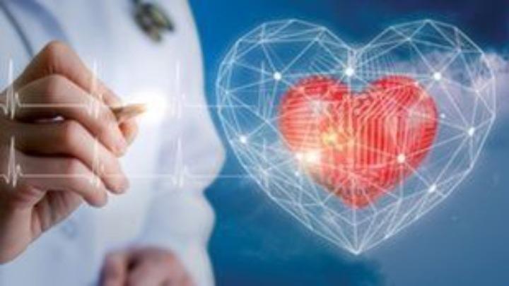 Ο κίνδυνος για την καρδιά των εφήβων από την Covid-19 είναι πολύ μεγαλύτερος σε σχέση με τον εμβολιασμό τους