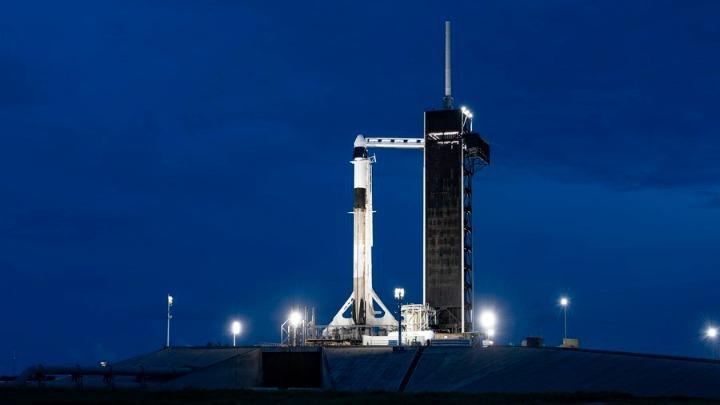 ΗΠΑ: Έτοιμοι για εκτόξευση οι πρώτοι ερασιτέχνες αστροναύτες-τουρίστες της SpaceX